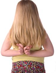 girl_crossing_fingers_behind_her_back